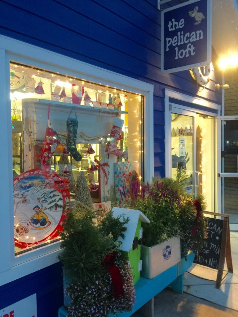 Rehoboth Beach Main Street Announces Winners for Holiday Window Decorating Contest