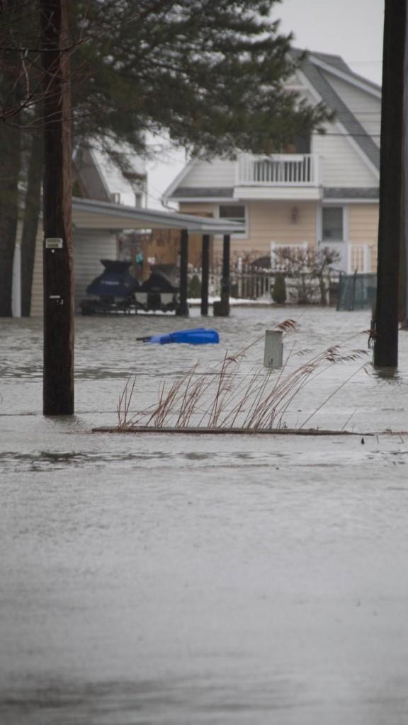 Flood near 'J Jax Pl'