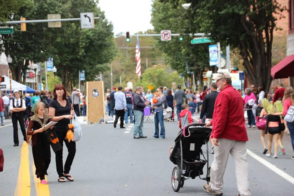 Downtown Pocomoke Spring Festival 2015 (Courtesy: Downtown Pocomoke)