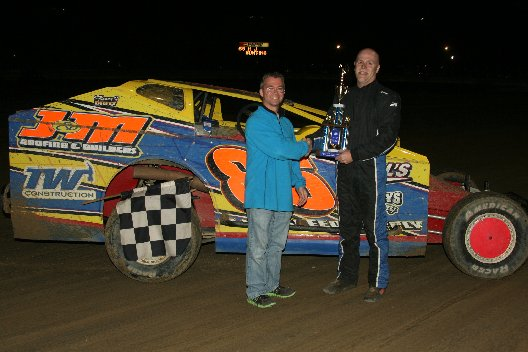 H.J. BUNTING NAPA BIG BLOCK MODIFIED WINNER (1)