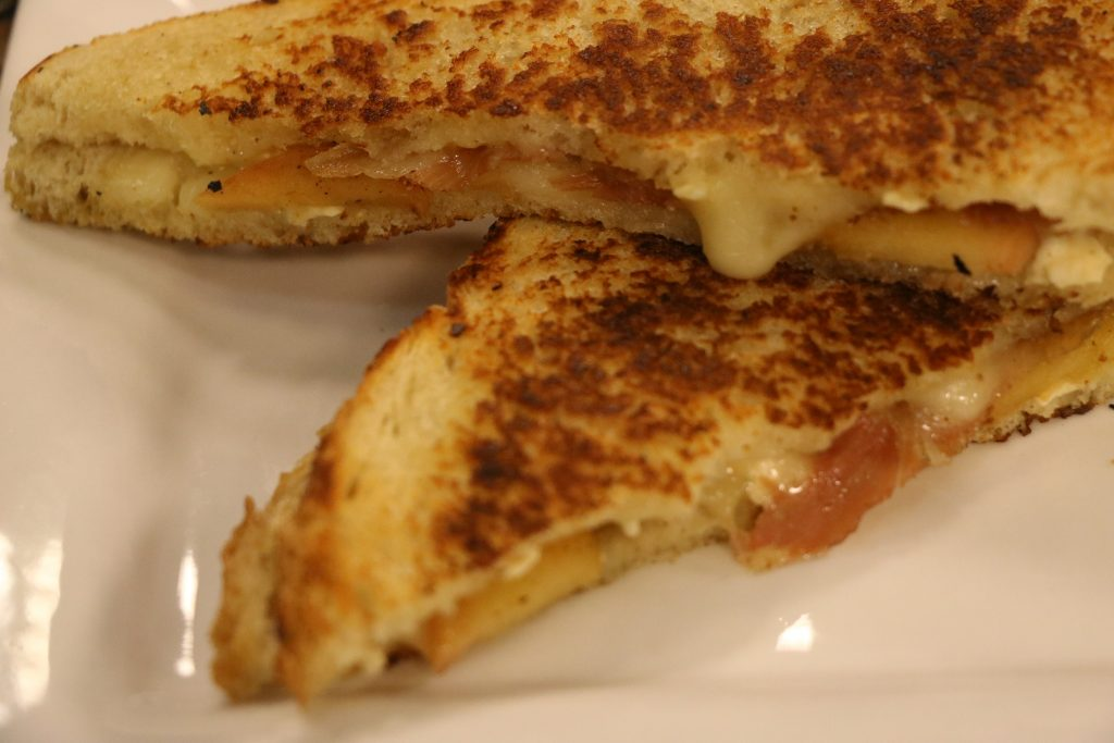 "In the Kitchen with Vittles Food Truck Making ""Brie My Honey"" Grilled Cheese and ""The Hat Trick"""