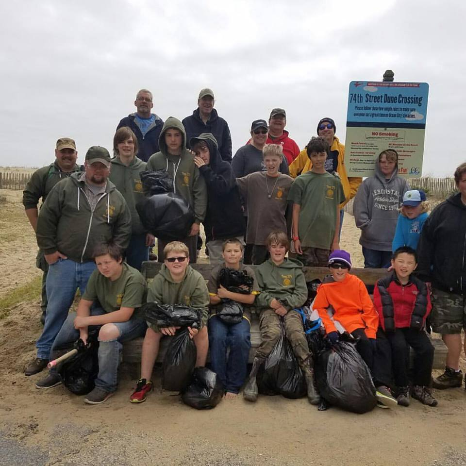 Troop #2173 and Pack 480 cleaned up the beaches from 74th street to 84th street (Photo: AYB).