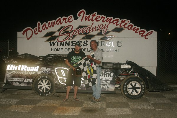 Dirt Track: Nick Davis Takes Super Late Win: Delaware International Speedway