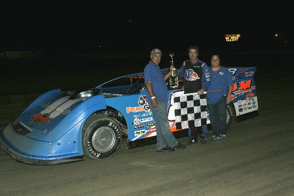 S.R. Pete & Sons Super Late Model Winner Ricky Elliott