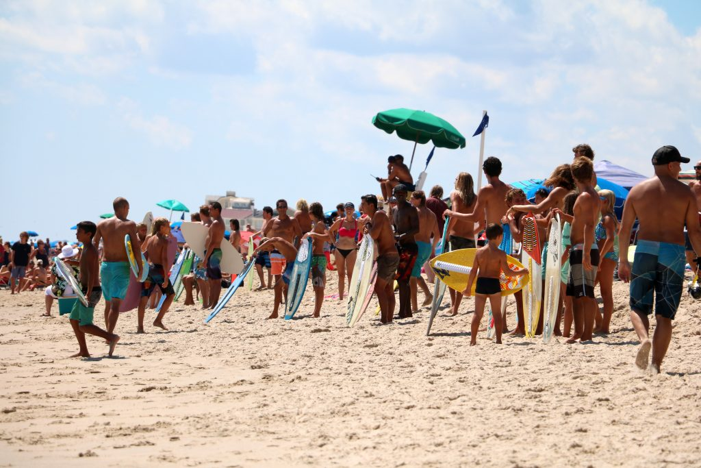 Summer Vibes Fest Underway in Dewey Beach, Skimboarding Results on Day 1