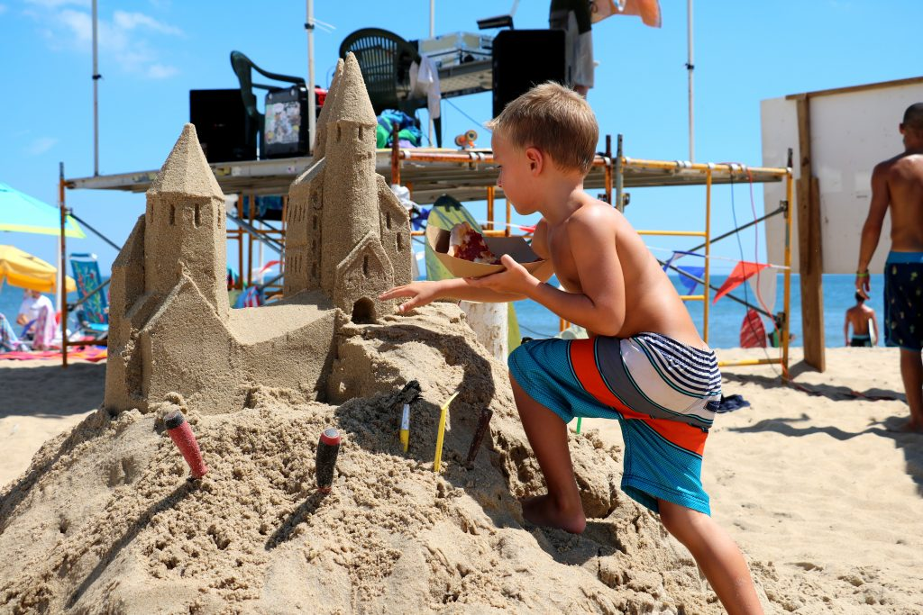 In addition to skimming, there were sand sculptures, bikini shows, pie eating contests and more. (Photo: Lauren Holloway, WBOC)