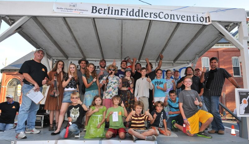 Fiddlers Flood the Streets of Berlin for Annual Convention