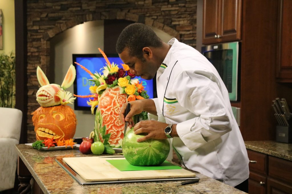 Jimmy and Lisa Test Their Fruit Carving Skills