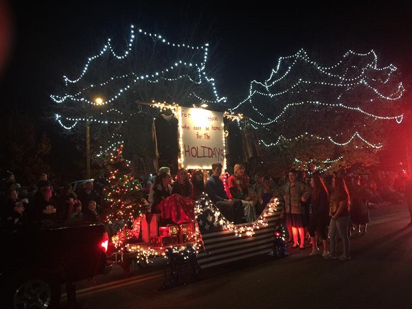 Berlin Announces 2016 Christmas Parade Winners
