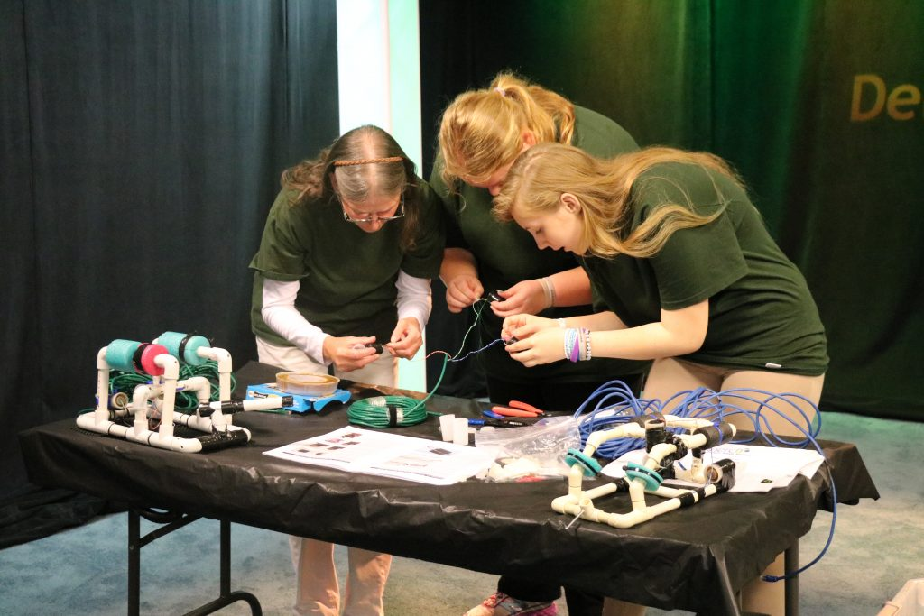 Somerset Intermediate School Students Building ROV's for Upcoming National Competition
