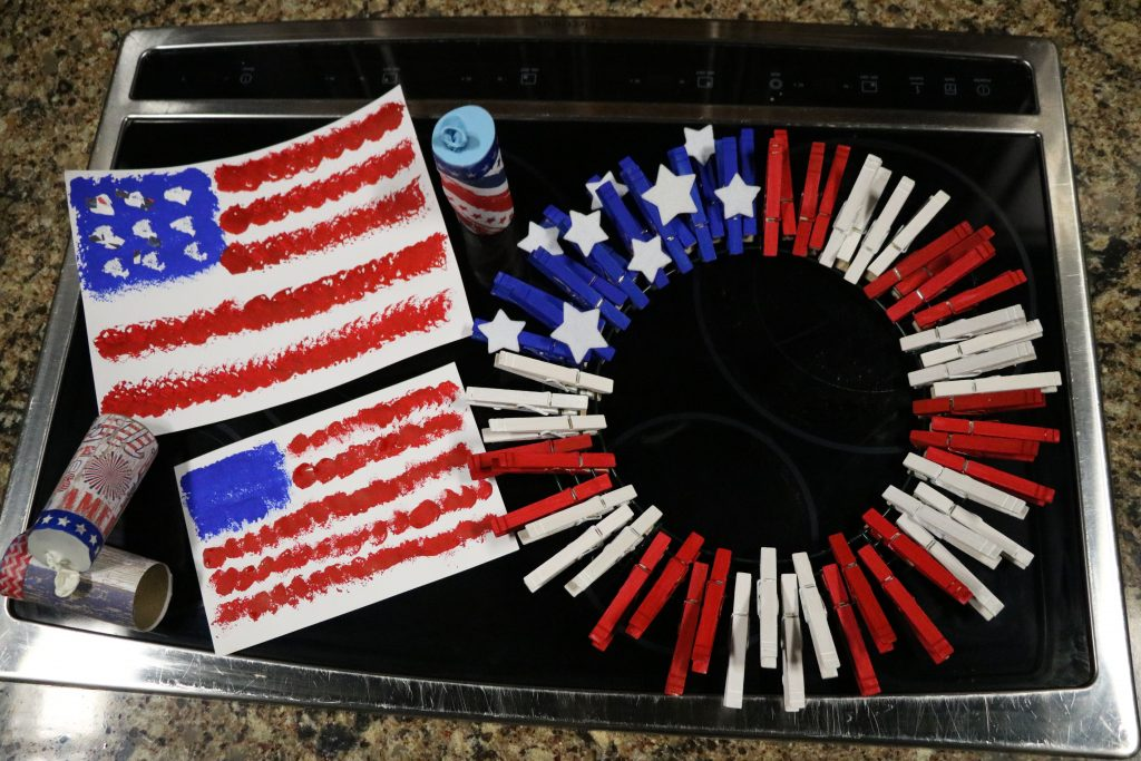 Fourth of July Crafts and American Fruit Flag