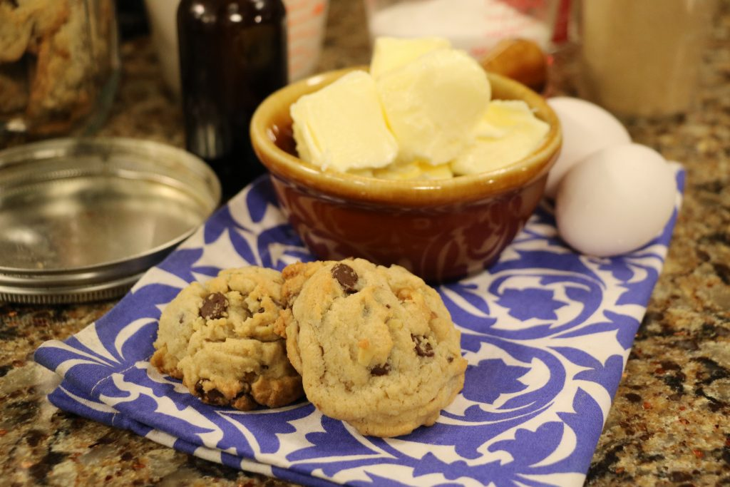 "Chocolate Chip Cookies and Strawberry-Chipotle BBQ Sauce with ""Tide and Thyme"" Food Blogger, Laura Davis"