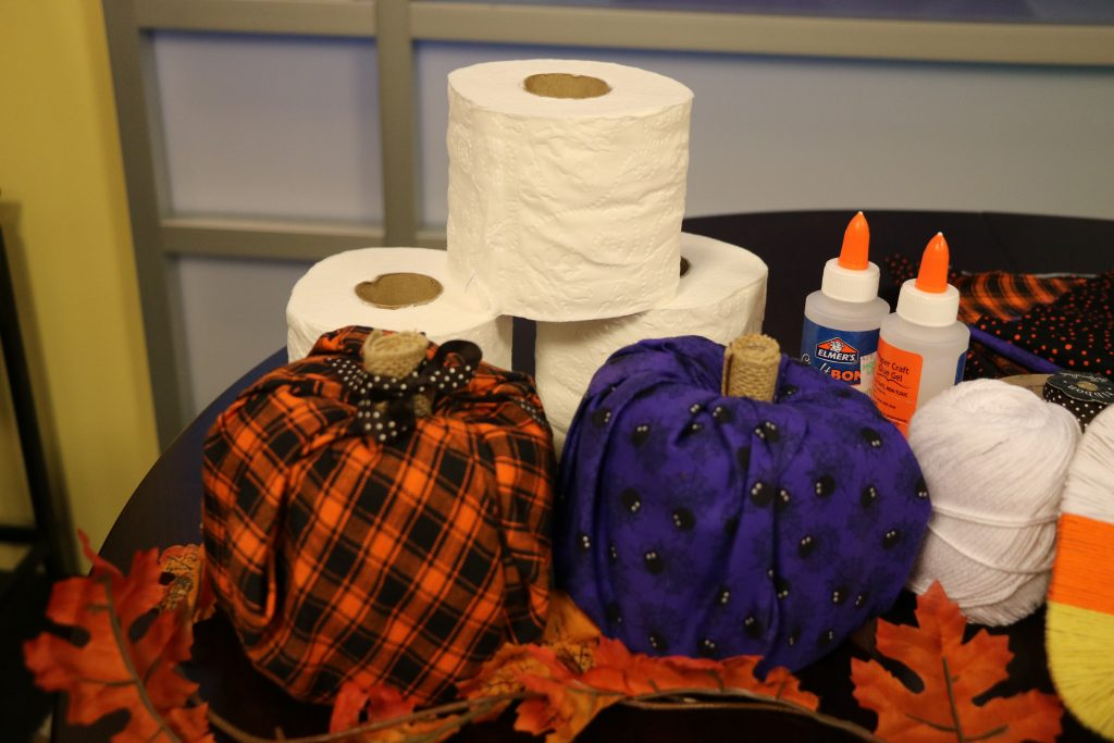 DIY Fall Decor – Toilet Paper Roll Pumpkins, Sequin Polka Dot Pumpkins, and Candy Corn Yarn Letters