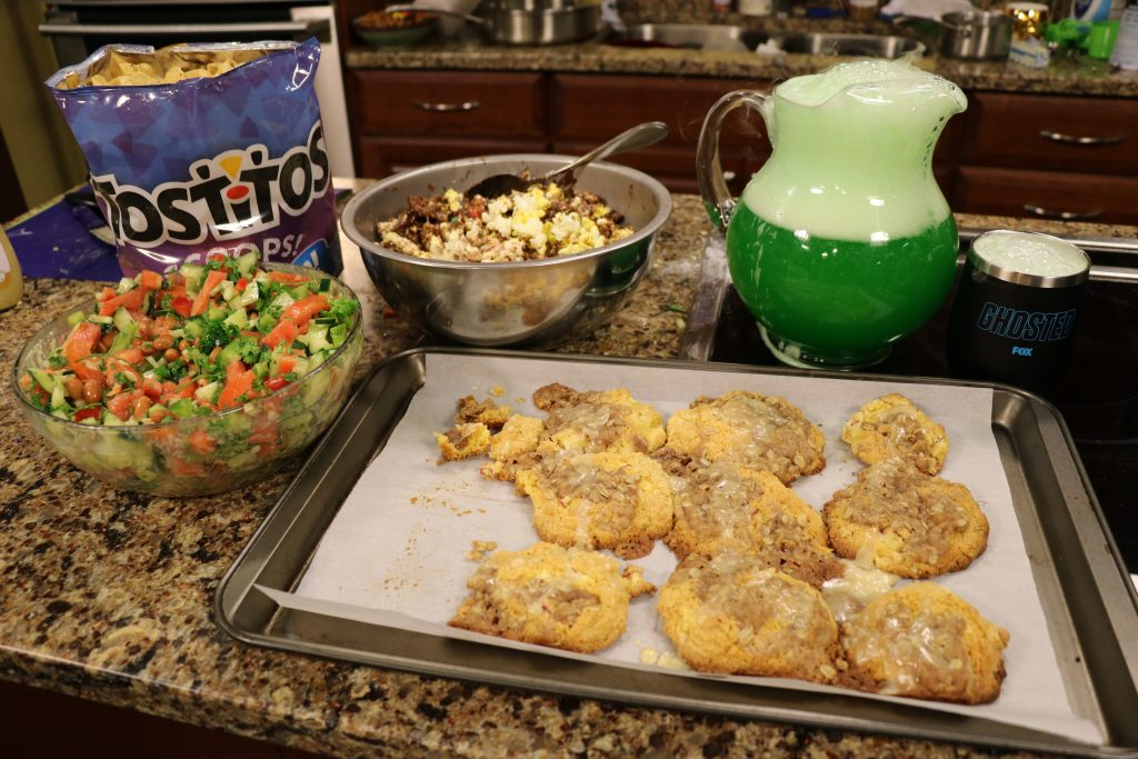 FOX Fall Premieres and Amp'd Up TV Snacks: DelmarvaLife Facebook Live Show Recipes – Sept. 20, 2017
