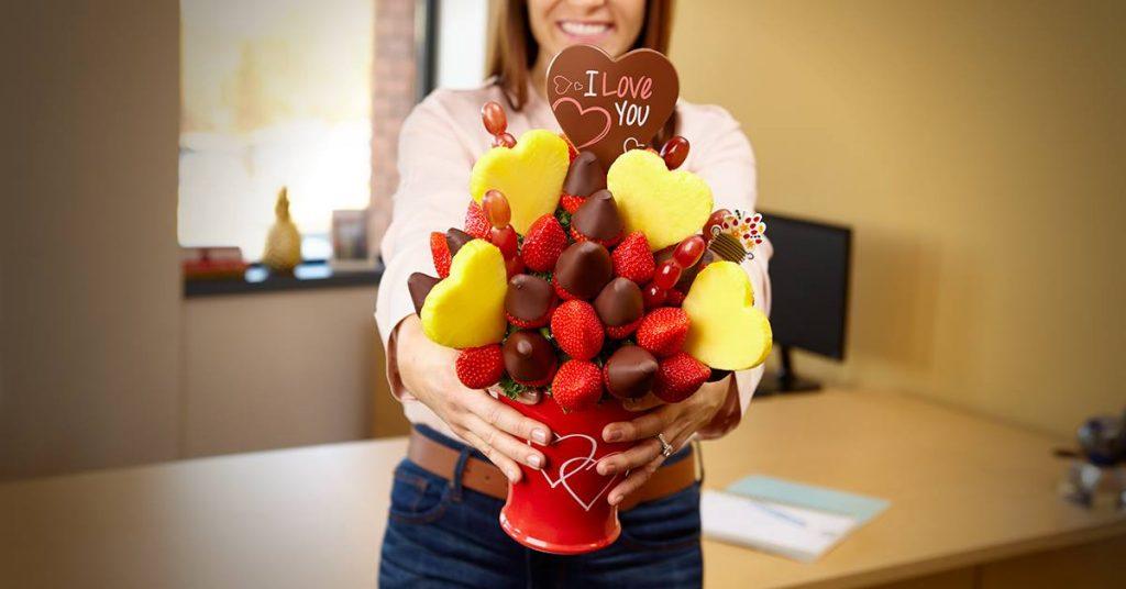 paid content by edible arrangements a sweet bouquet for