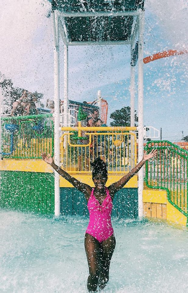 DelmarvaLife's Sydney Whitfield visits Maui Jack's
