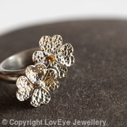 Double four leaf clover ring 
