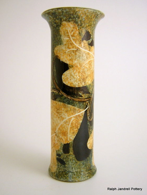 Small cylinder vase- Foliage design