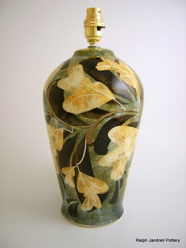 Medium lampbase- Foliage design