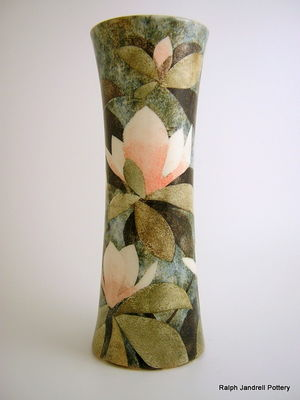 Large waisted vase- Magnolia design