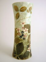 Medium waisted vase- Bramble design