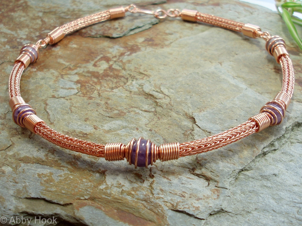 Torcesque - Amethite and Copper necklace