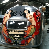 Painted bus based on Tatoos
