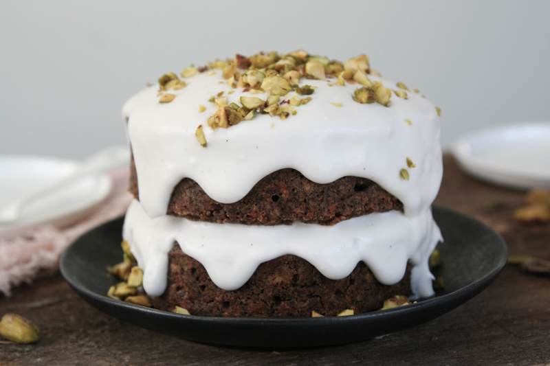 mini carrot cake with coconut cream and pistachios (vegan + gluten-free)