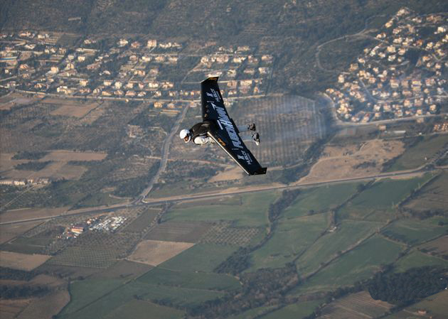 Yves Rossy: Flying Man