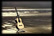 guitaronthebeach