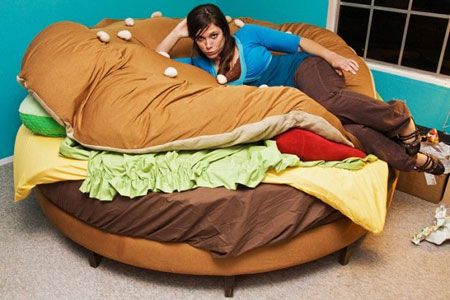 hamburger-bed-1.jpg