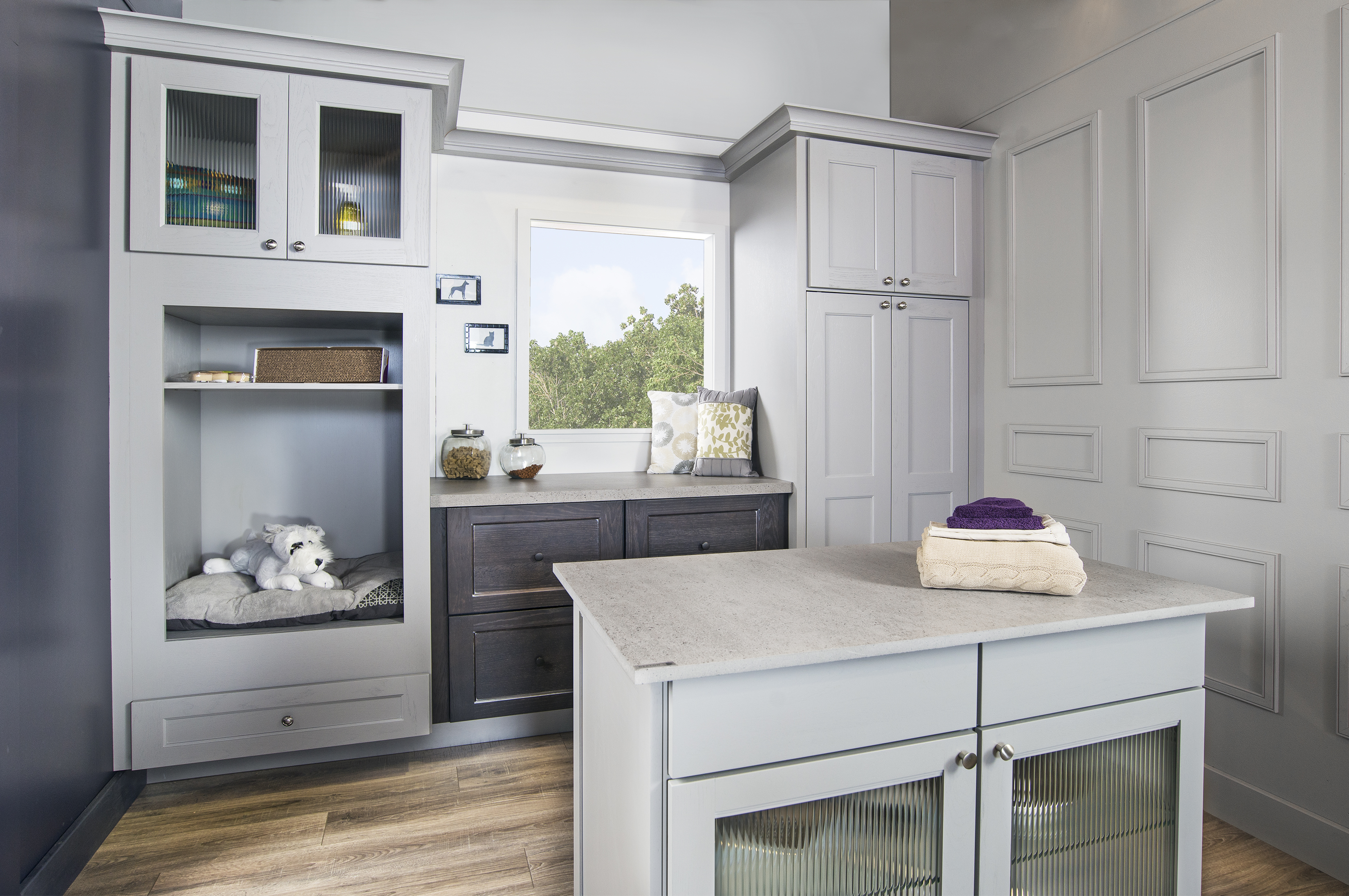 Wellborn Cabinet, Inc. Introduces A New Paint Dove Pewter