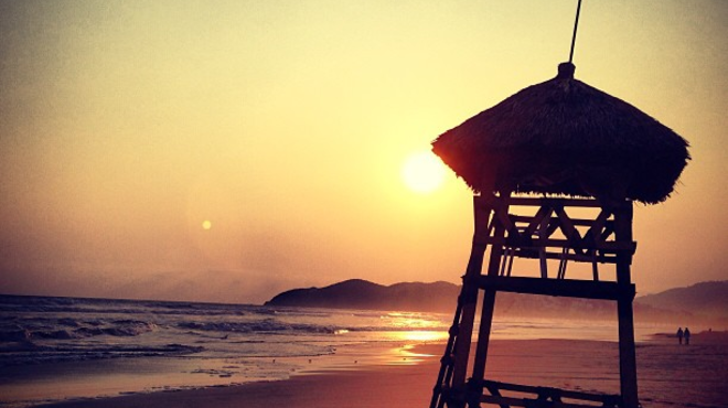 Beach ⇨ Couple's Massage