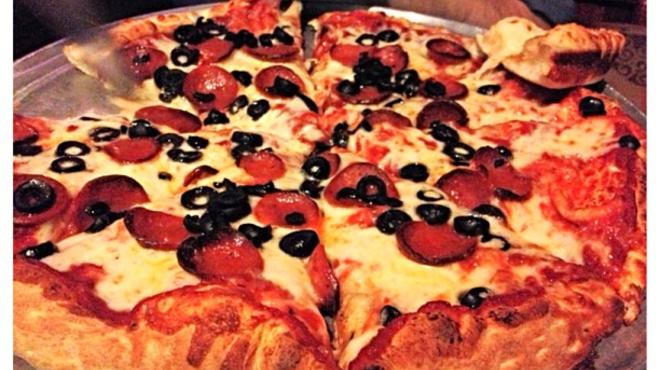 Couple's Massage ⇨ Pizza place