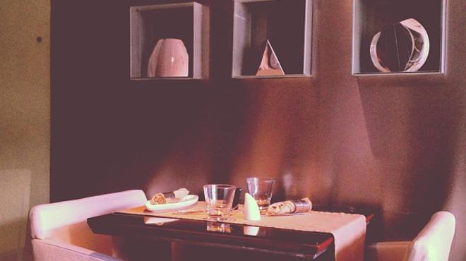 Couple's Massage ⇨ Indian restaurant