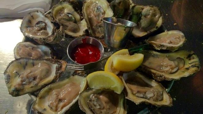 Shake a leg ⇨ Seafood restaurant