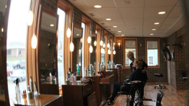 Beauty salon ⇨ Restaurant