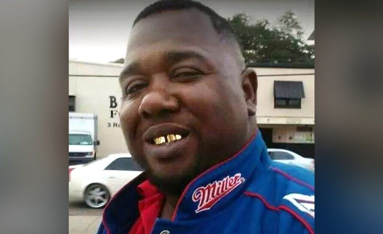 No Charges Filed Against Officers Involved in Shooting of Alton Sterling