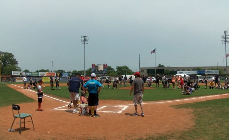 HBC Challenger League Draws Nearly 3,000 to Bosse Field