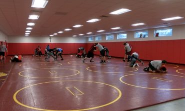 Mater Dei Wrestling Rings in the New Year