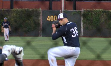 Otters Mount Comeback, Beat Miners 8-6
