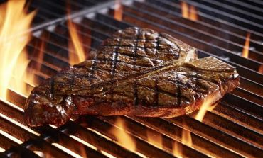 Start the Grilling Season with LongHorn Steakhouse