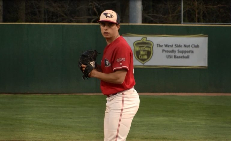 USI Baseball Wins Nine Straight, Beats Oakland City 6-3