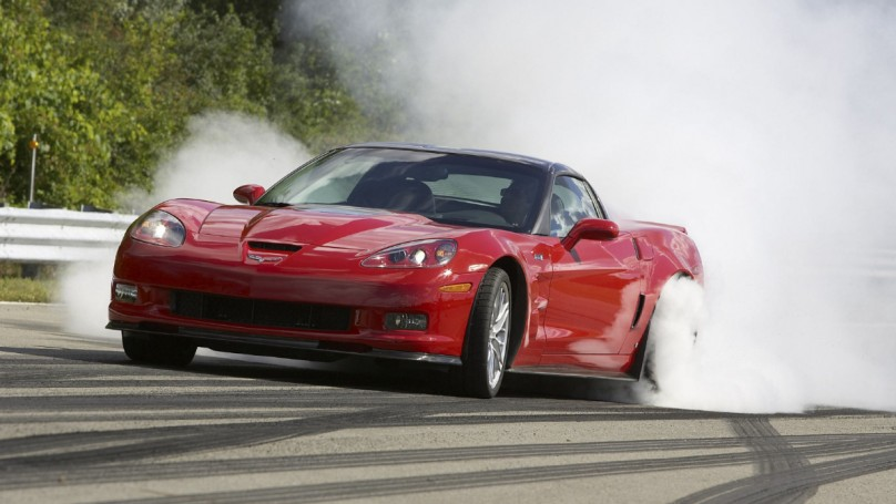 2005-11 Chevrolet Corvette: It?s noisy and thirsty, but who cares?