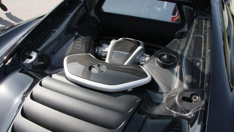 2012 McLaren MP4 12C a street-legal speed demon