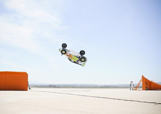 Hot Wheels sets record corkscrew jump