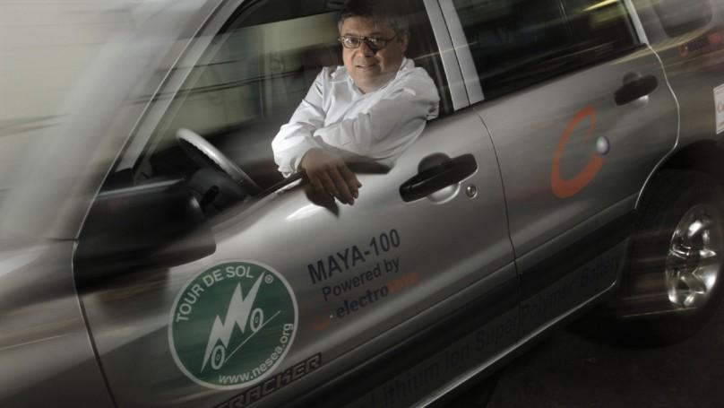 Battery maker hangs tough in a struggling industry