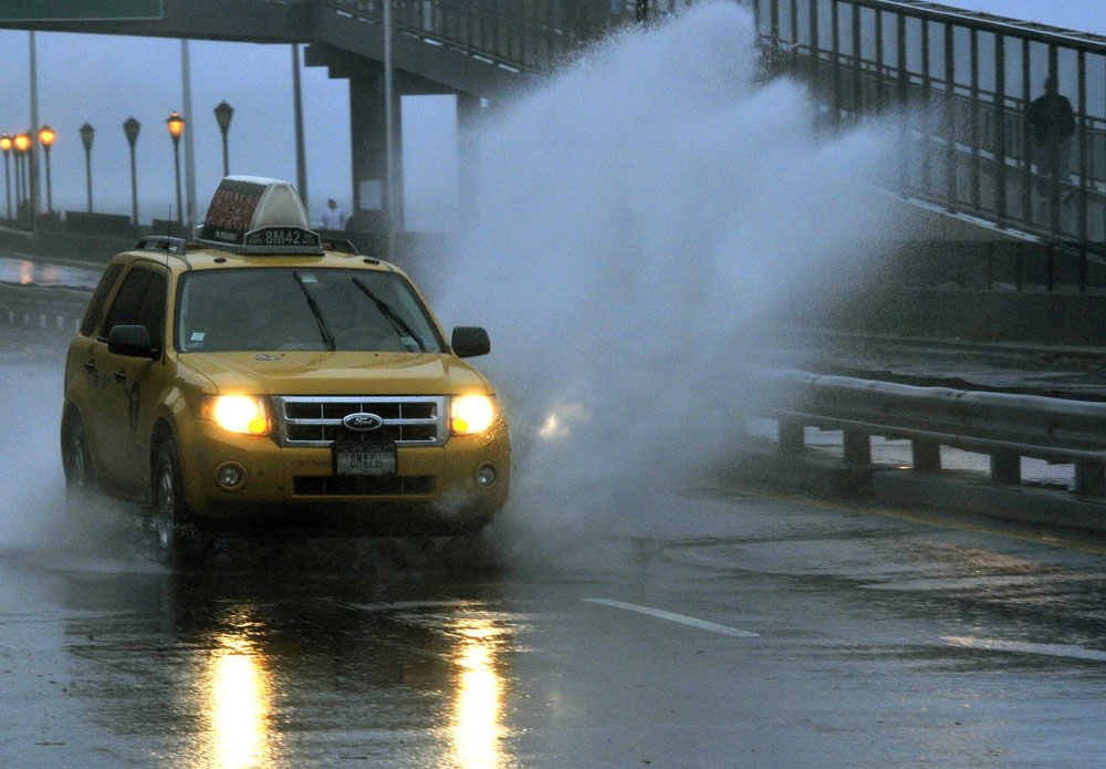 How to survive driving in 'superstorm' conditions