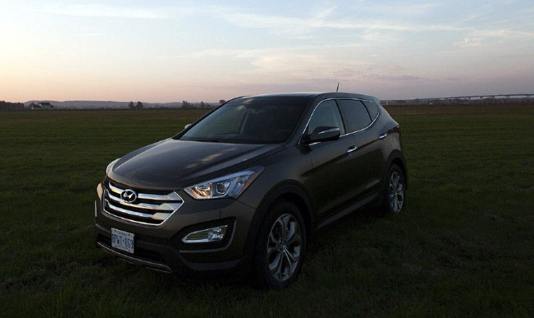Hyundai's Santa Fe pulls away from a crowded field