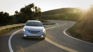 Hyundai, Kia to reimburse buyers after inflating mileage claims